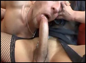 Camilla Jolie hot threesome