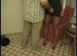 Escort waiting for guest whore hure nutte Hannover tease