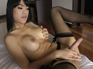 LADYBOY WORLD 2