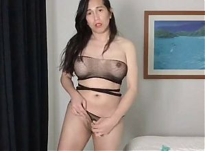 sexy asian ladyboy shows how to wiggle wiggle her hips
